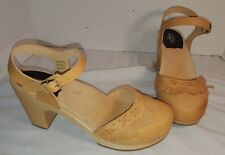 NWD NEW SWEDISH TOFFEL HASBEENS WOMENS FRINGY TAN FRINGE SANDALS US 10 EUR 40