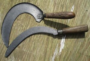 Vintage-Retro-Sickle-Sythe-Garden-Tools-Display-Items-Great-Patina-and-Wear