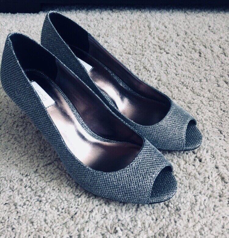 Untold Pewter-Glitter Peep Toe Court Schuhes Mid Heels / Größe 6 39 / NEU