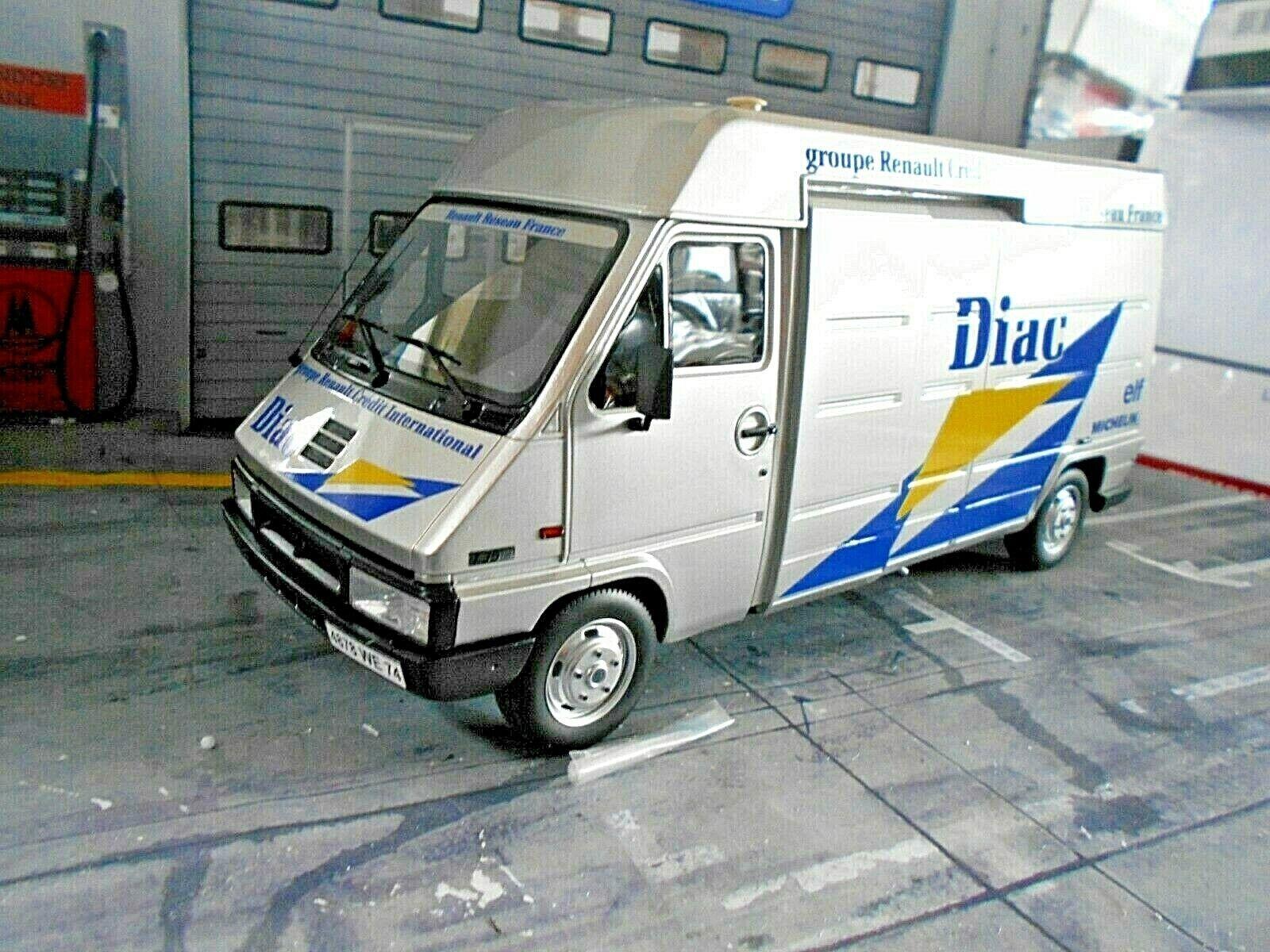 Renault van Master bus service Rally de Monte 1995 f Clio Diac WM monte Otto 1 18