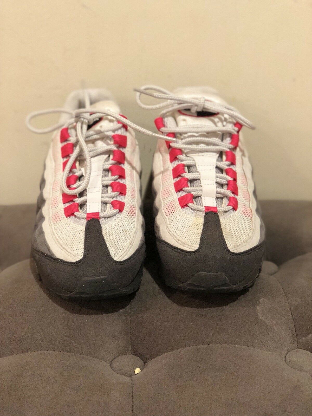 WMNS NIKE AIR MAX 95 WM ANTHRACITE-CHERRY PINK-GREY SZ 6.5 [336620-020]