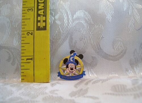 Walt Disney MICKEY MOUSE SORCERER IN COMPASS HIDDEN MICKEY TRADING Hat Lapel Pin