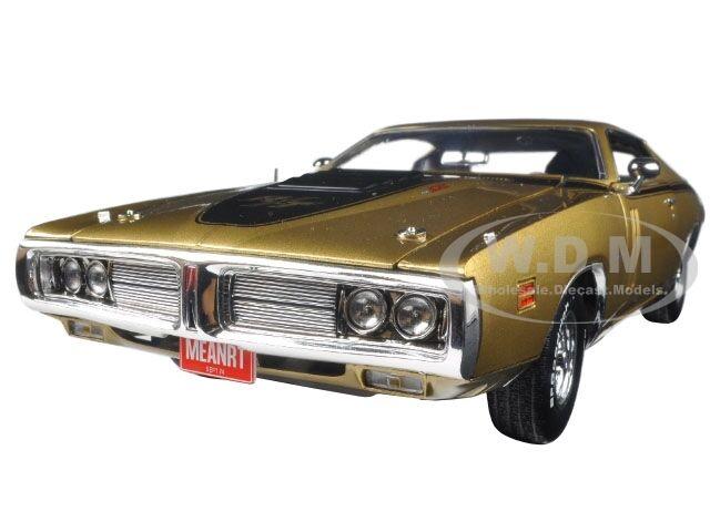1971 Dodge Cargador R t oro 440 6 Pack 50TH aniversario 1 18 Autoworld AMM1086
