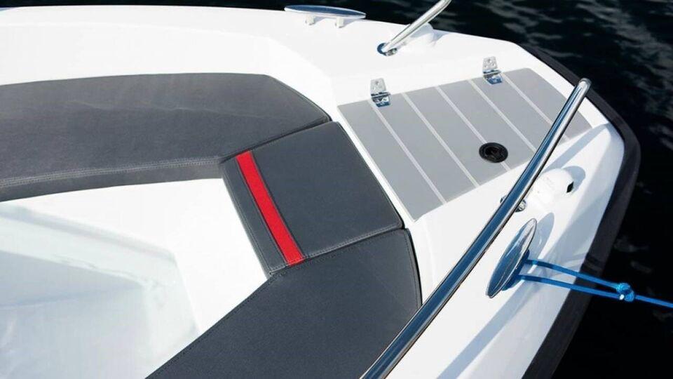 Sting 530 S, Motorbåd, fod 17