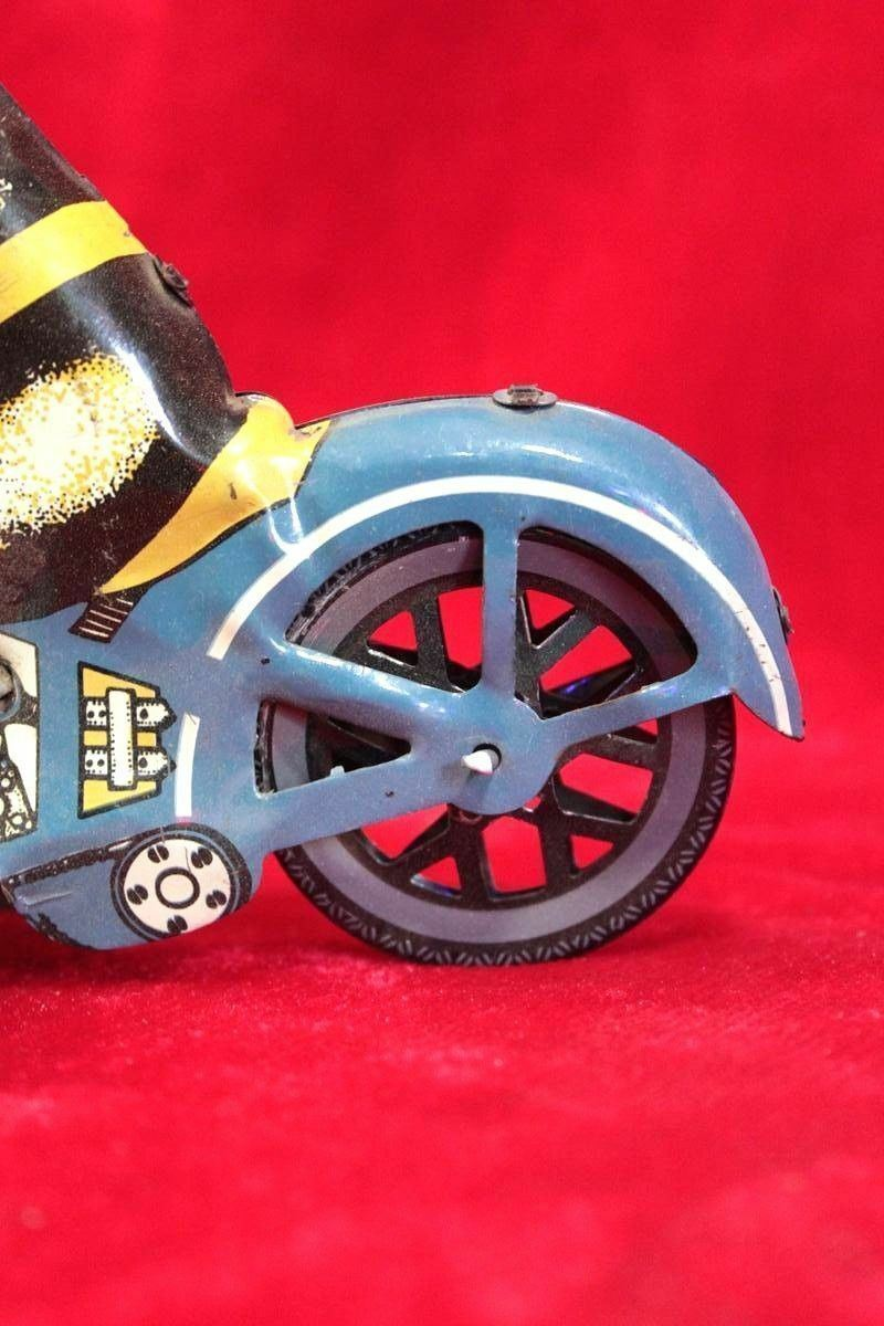 Old Vintage Tin Toy Motorcycle Rider Rider Rider Wind Up Friction Bike Toy Decorative PI6 a4c43b