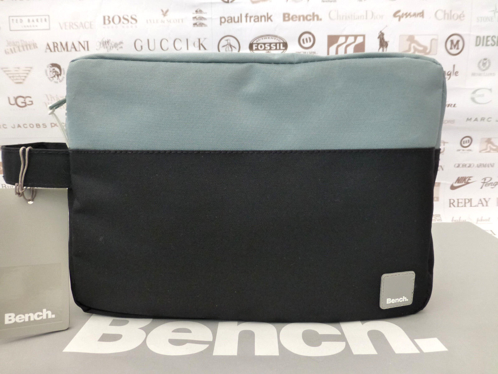 Bench Wash Bag Men s Canvas Washee Grab Strap Black Travel Toiletry ... a1f1d418aea7e