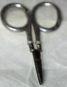 ORIGINAL-ANTIQUE-c1900-STERLING-EMBROIDERY-SCISSORS-made-in-Germany