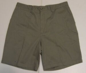 36-Men-St-John-039-s-Bay-Classic-Fit-Flat-Front-Khaki-Shorts-Moss-Green-Cotton-NWT