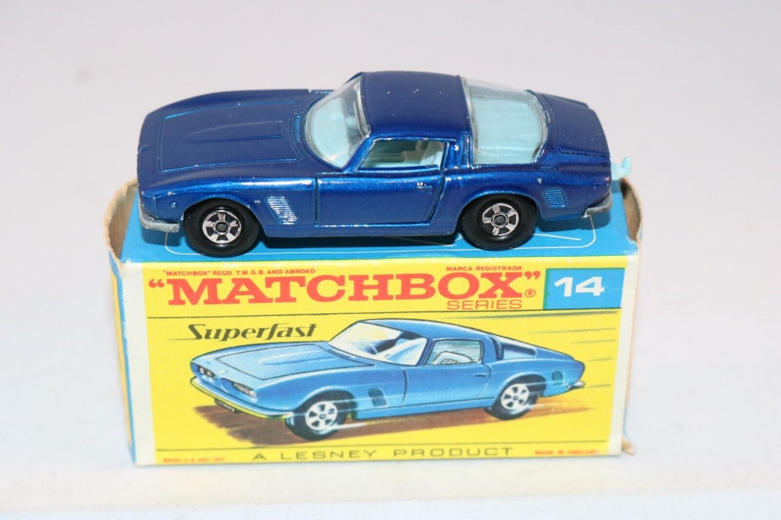Matchbox Lesney No 14 Iso Grifo dark azul excellent plus in transitional box