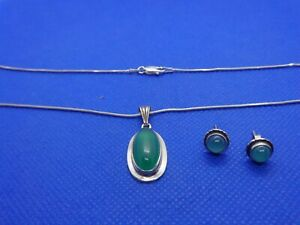 VINTAGE-STERLING-SILVER-amp-CHRYSOPRASE-NECKLACE-AND-EARRING-SET