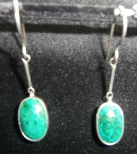 CHRYSACOLA PIERCED HOOK EARRINGS STG SILVER SINGLE STONE NEW NOT BOXED