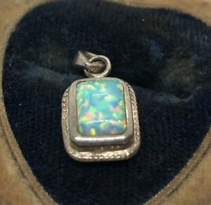 Vintage-Sterling-Silver-Necklace-925-Pendant-Opal-Small-Rectangle