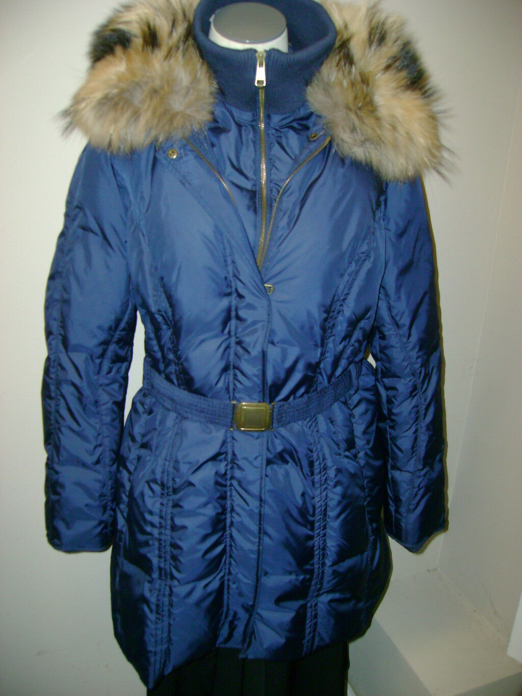 3a7a429ac396 Andrew Marc Down Coat w Racoon Collar NWT 595 Belted nryapk1250 ...