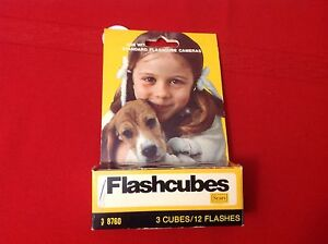 SEARS FLASHCUBES, BOX OF 3, 12 FLASHES