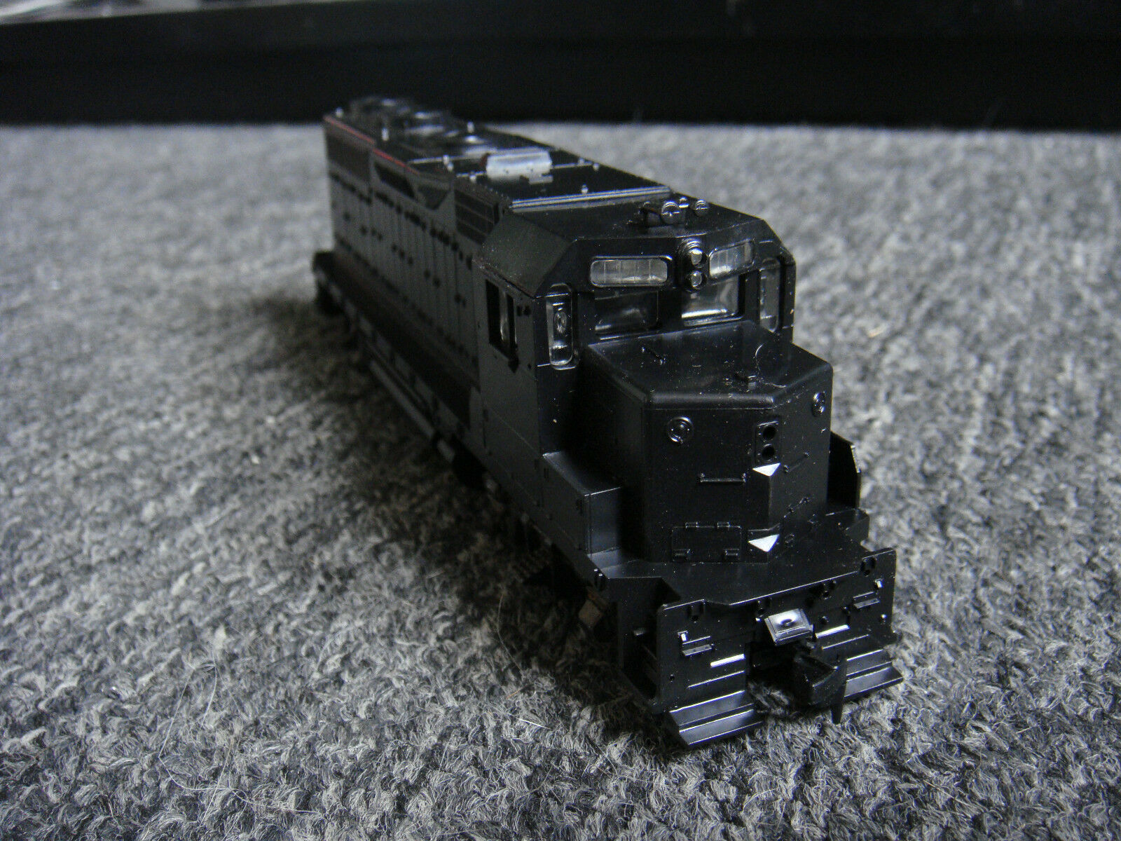 Vintage Athearn 4220 GP-35 Undecorated HO Scale Railroad Train - New In Box