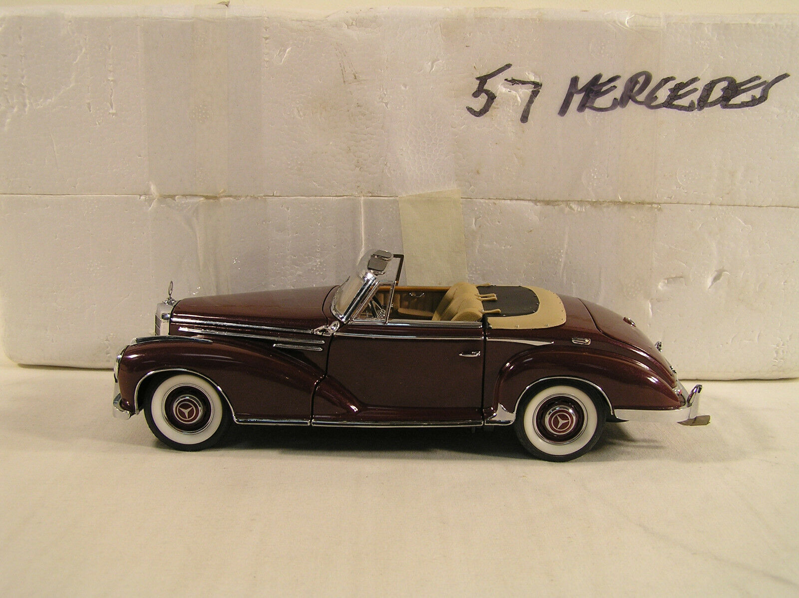1957 Mercedes 330c by Franklin Mint, B11UG29