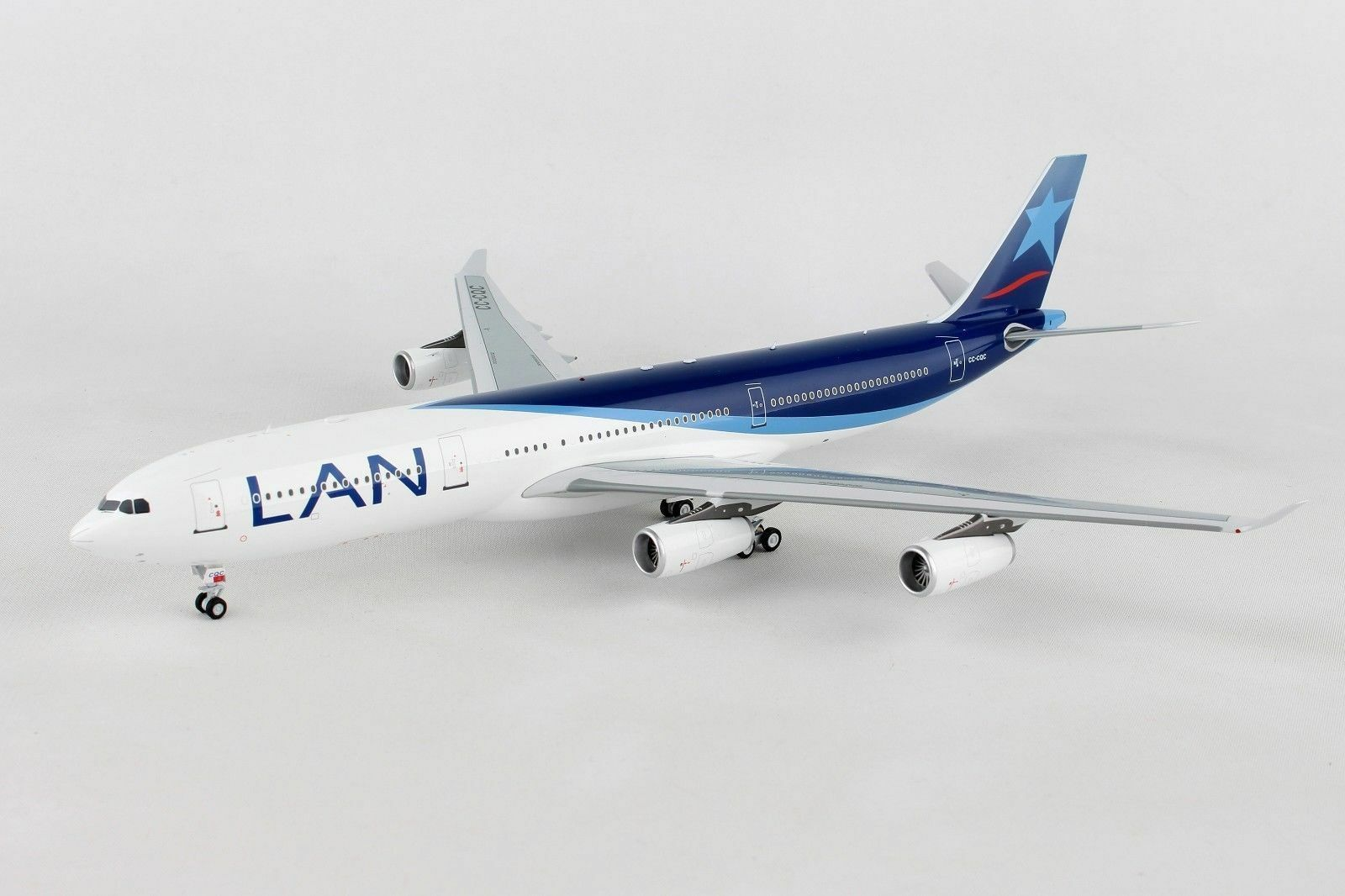 Inflight 200 If343lan001 1 200 Lan Airlines Airbus A340-300 Cc-Cqc