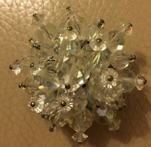 Vintage-Cluster-Brooch-Retro-1950s-Clear-Bead-Facetted-Glass-Pin-Bridal-Wedding