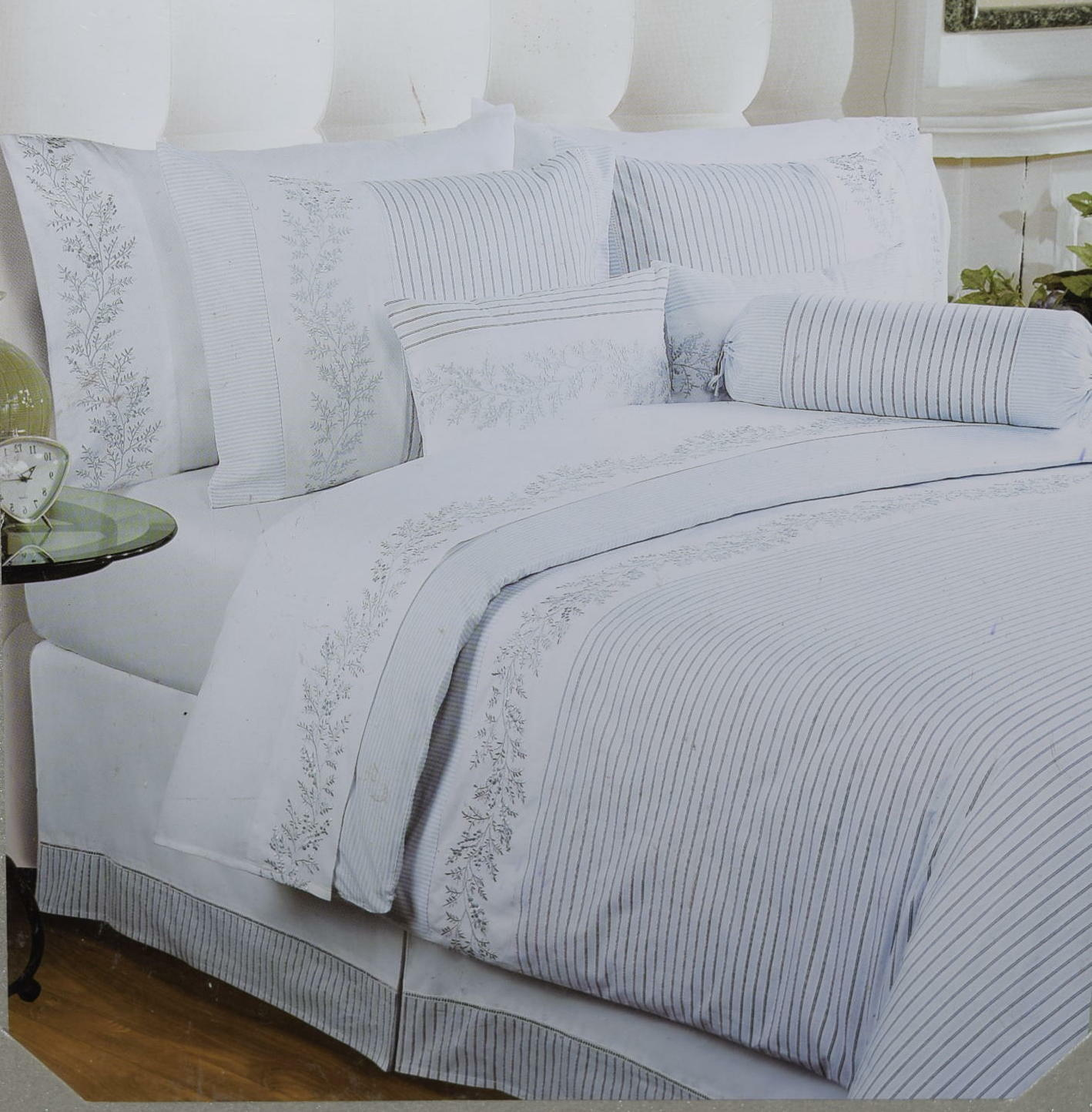 New Hillcrest Pure Collection Full Queen Duvet Cover Set
