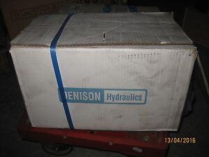 Denison Hydraulics Double Vane Pump T67CB-012-B03-1R00-A111 - France - État : Neuf : autre (voir les détails): Objet neuf n'ayant jamais servi, sans aucune marque d'usure. L'emballage d'origine peut tre manquant ou la bote de l'objet peut avoir été ouverte et non rescellée. objet neuf n'ayant jamais servi, avec - France