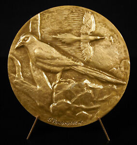 Medal-Pica-Pica-S-Ponomarew-the-Pie-Thieves-Bird-Animal-Bird-Magpie-Medal