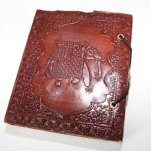 Lederbuch-Kladde-Notizbuch-Tagebuch-Motiv-Elefant-1-Buch-Leder-Knopf-Indien