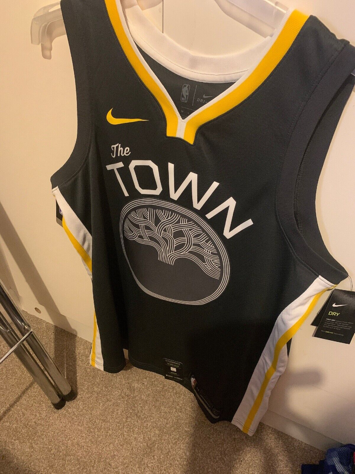 Nike NBA Connected The Town Golden State Warriors Edition Jersey L