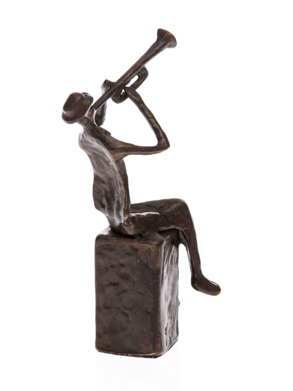 Bronzeskulptur Trompeter Figur moderne Trompete trumpeter Orchsester Antik-Stil