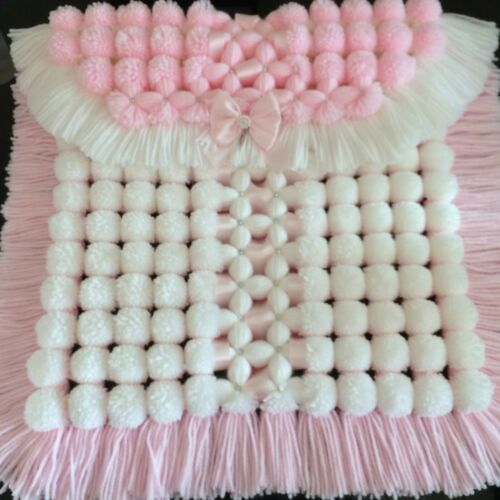 Luxurious Baby Pom Pom Blanket in Pink /& White with Sparkle Detail