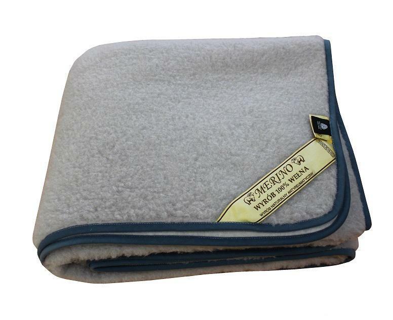 Wolldecke aus Merinowolle Grau
