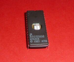 Vintage-AMD-AM27256-DC-EPROM-UV-Extinguible-5V-12-5V-32k-x-8-bit-250ns-NOS