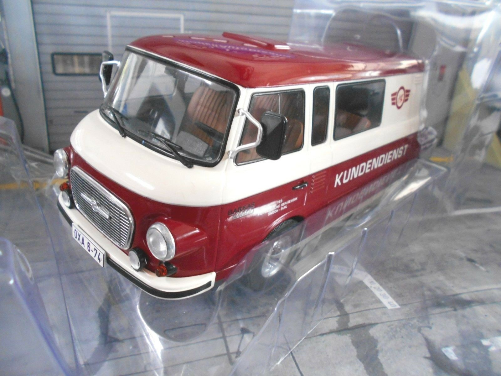 BARKAS Bus Van B 1000 B1000 Halbbus Simson Kundendienst 1970 NEU MCG 1 18
