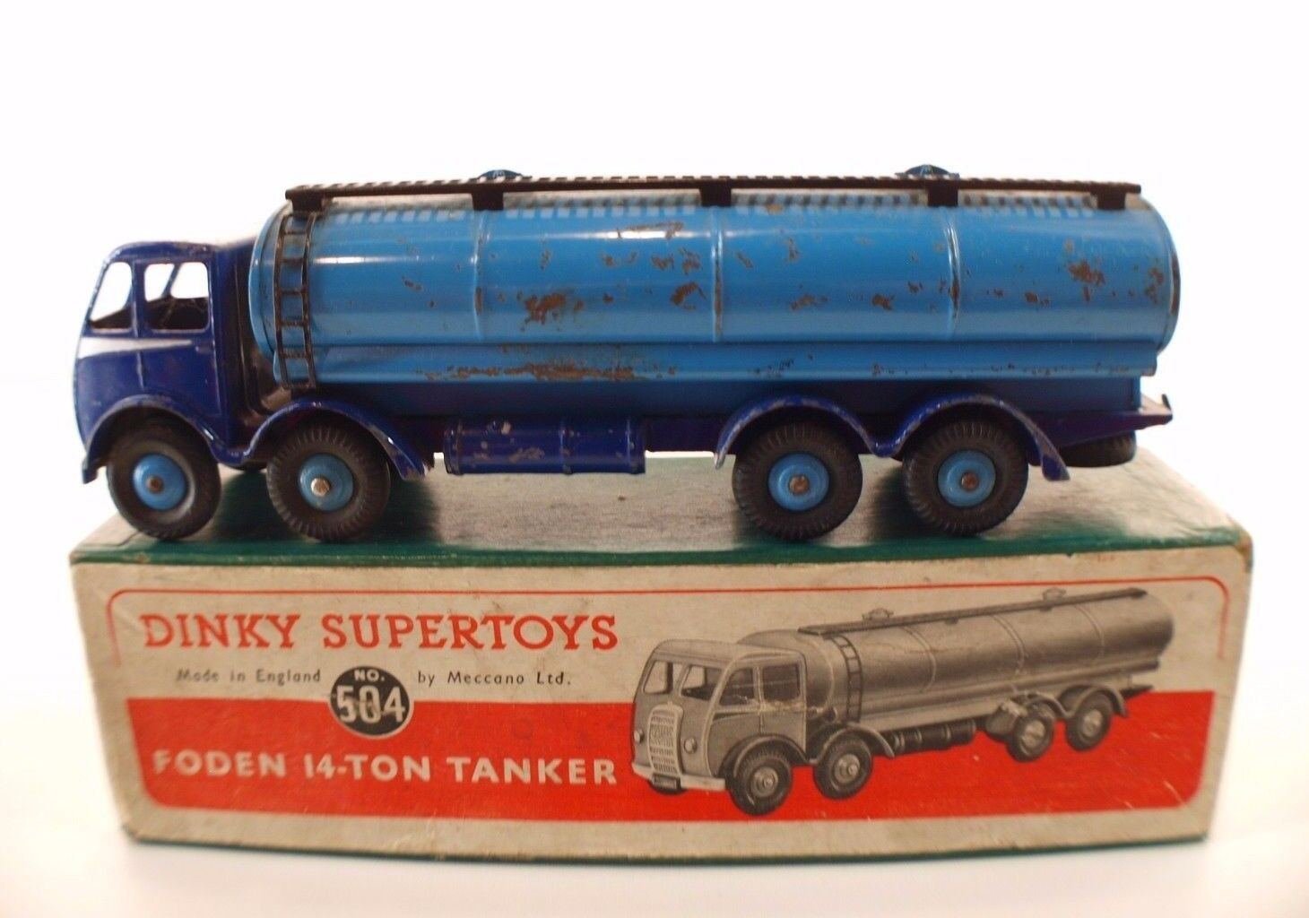 Dinky Spielzeugs GB No. 504 Foden 14-Ton Tankwagen in Box