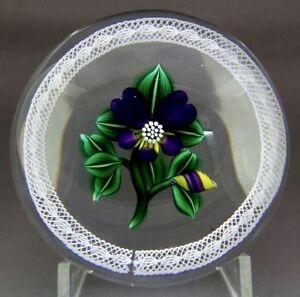 BOB-BANFORD-Beautiful-Purple-Flower-Art-Glass-Paperweight-Apr-2-75-034-Wx2-25-034-H