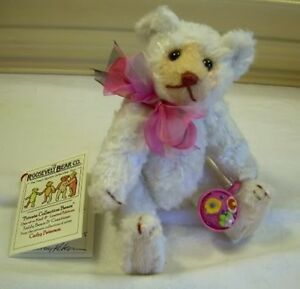FAB-6-034-Artist-Teddy-ROOSEVELT-BEAR-Co-OOAK-white-rayon-handmade-Cathy-Peterson