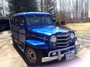 1953 Jeep Wagoneer blue silver