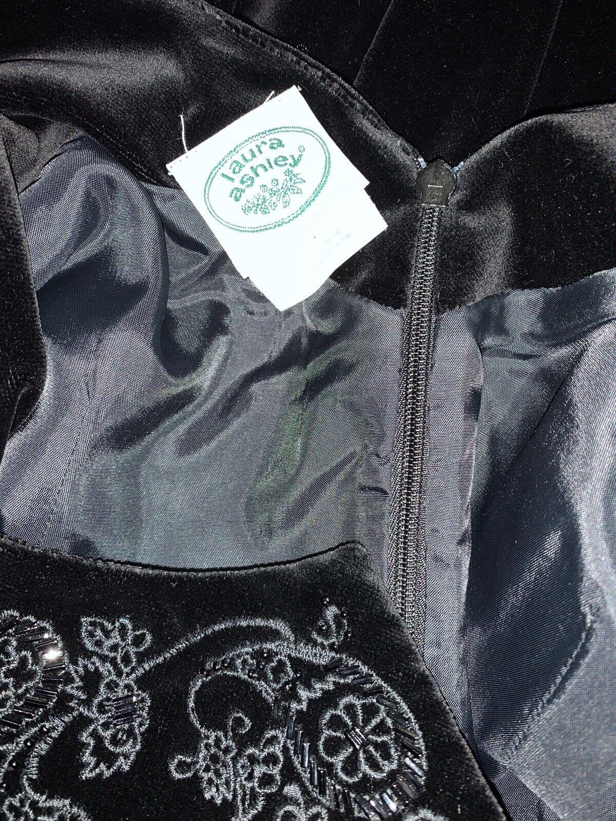 90s Laura Ashley Womens 10 Black Velvet Bead Ador… - image 4