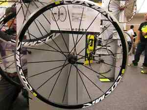 Road Bike Bicycle Cosmic Elite Clincher 700c F/&R Wheels Wheelset 40mm