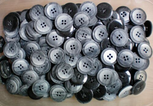 S81 23mm 36L Charcoal /& Light Grey Brush Patterned 4 Hole Quality Buttons