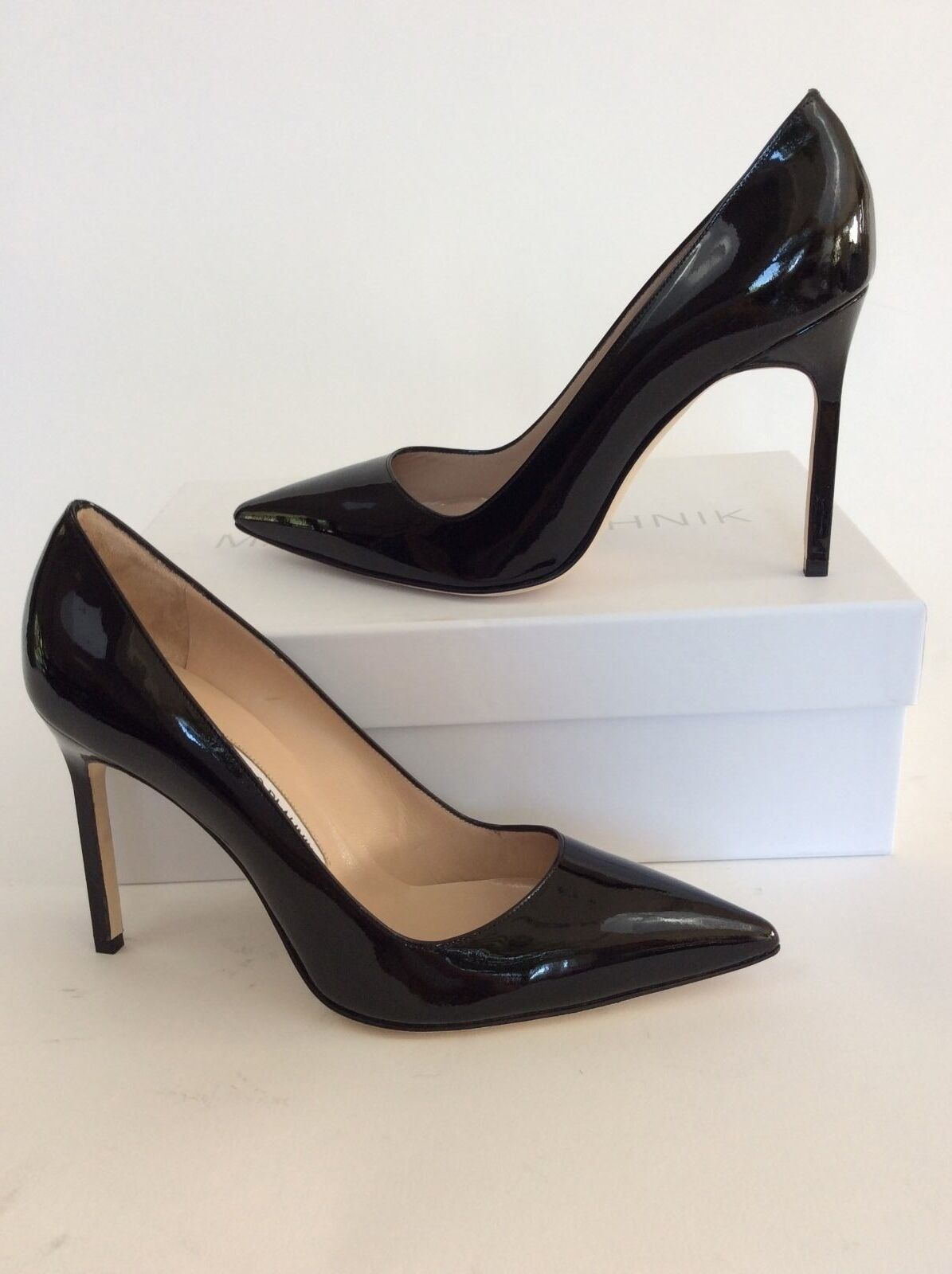 New Manolo Blahnik 'BB' Pointy Toe Patent Leather Pump Taille 38.0   8