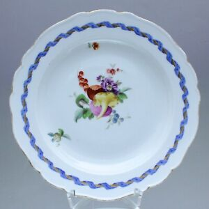 Meissen-um-1775-Teller-mit-Fruechten-und-Wickelband-Dessertteller-Marcolini
