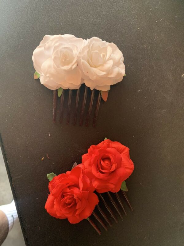 Res And White Rose Hair Pins