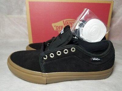 New Vans Chukka Low Pro Gum Suede Black