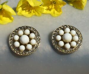 CLIP-ON-EARRINGS-vintage-flowers-beautiful-white-beads-and-rhinestones