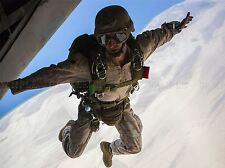 Guerra Ejercito Soldado Pistola Rifle Marina de paracaidismo acrobático nube Art Print bb3413a