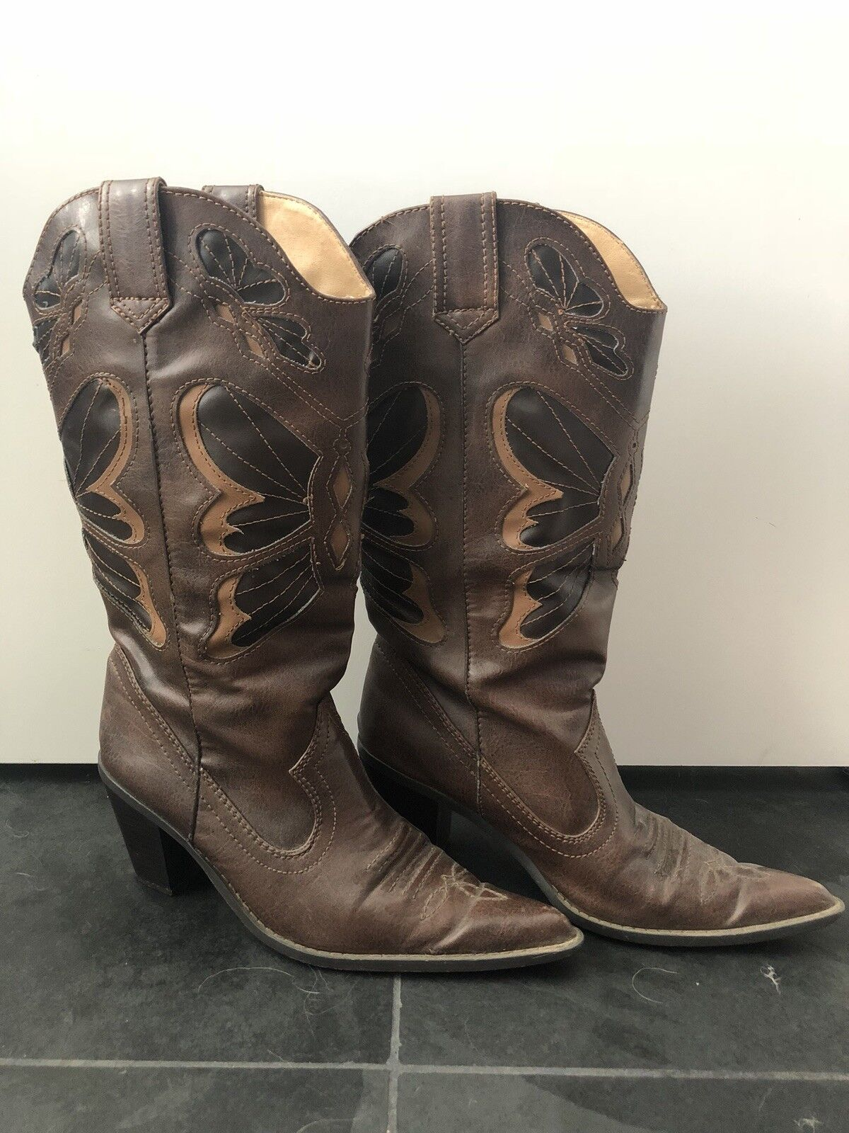 womens cowgirl boots size 9