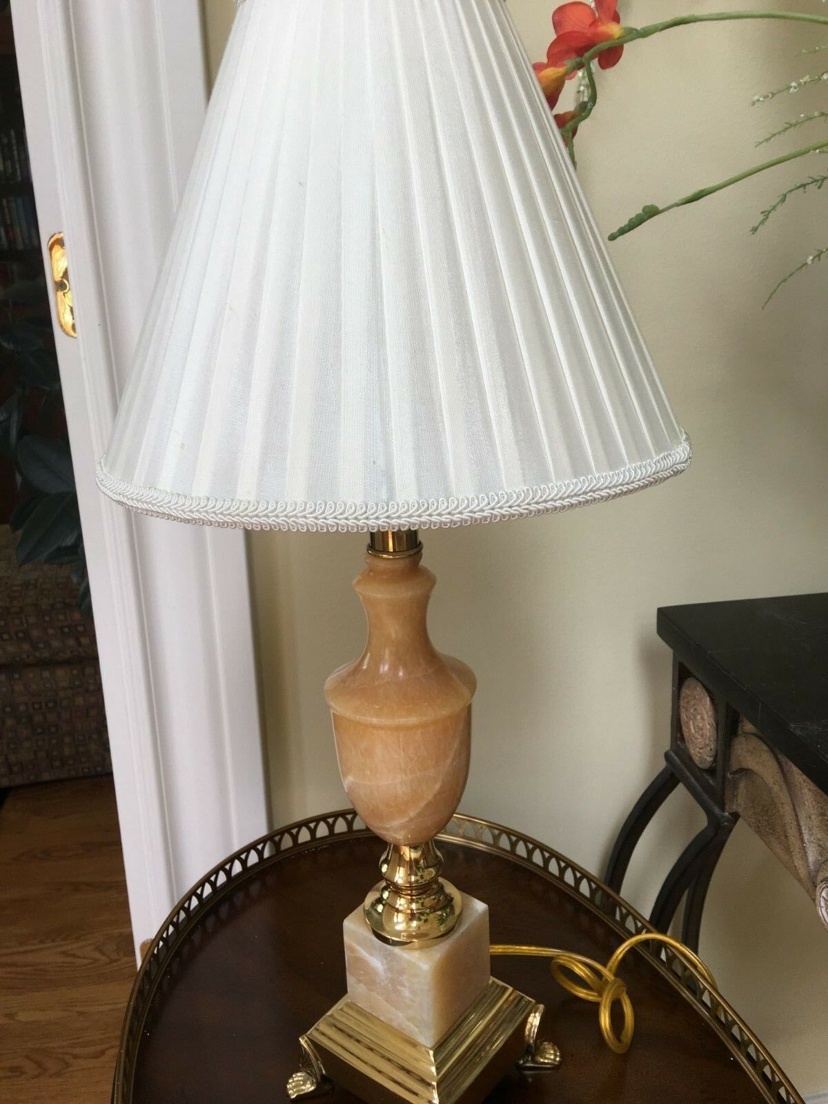 Garcia Imports Alabaster Marble Urn Table Lamp W  Antique Brass Claw Base
