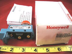 Honeywell-Microswitch-BZE6-2RN34-Limit-Switch-BZE62RN34-15a-no-base-Nib-New