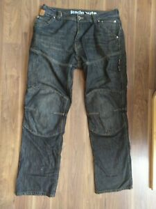 Red-route-motorcycle-motorbike-jeans-made-with-kevlar-UK34