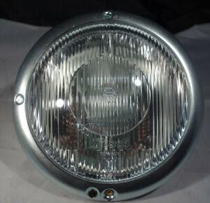 Mercedes-Benz-220-W-187-Hauptscheinwerfer